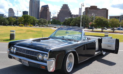 Austin Texas car service 4Leaf Limos Lincoln Continental Convertible